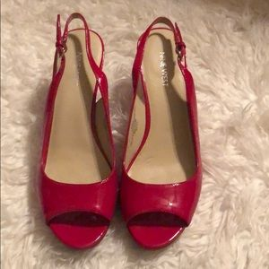 PREOWNED- IN NEW CONDITION Nine West Slingback